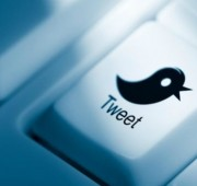 Hoy en día, las redes sociales han cambiado la manera de seguir los eventos importantes.