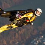 """Volar es posible Yves Rossy """"Jetman"""" nos lo demuestra"""
