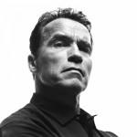 Terminator (T-800) aka Arnold Schwarzenegger, te ayudará en Waze.